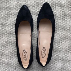 Tods Black Suede Flats